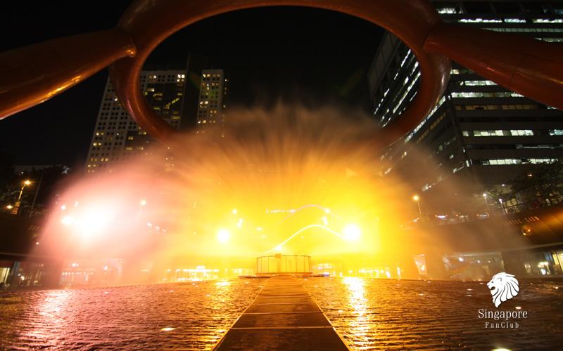 การแสดงเลเซอร์ยามค่ำคืน Fountain of Wealth น้ำพุแห่งความมั่งคั่งที่ Suntec City